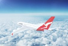 Quantas airplane in the sky - image by Nextnewmedia/shutterstock.com