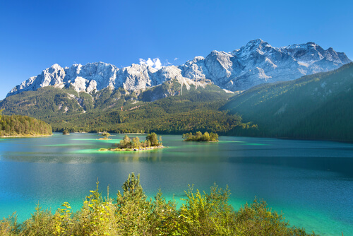 Bavarian Alps mountainscape with lake