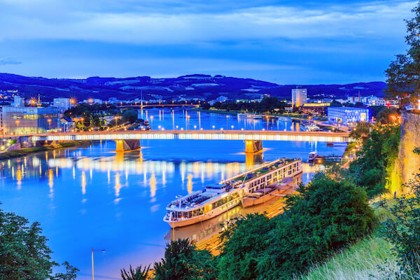 Austria Facts: Nibelungenbridge across the Danube river in Linz