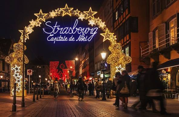 Christmas Around the World: Christmas Traditions and Celebrations ...