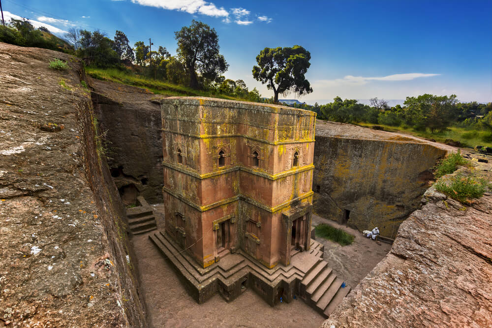 Lalibela, the famous rock-hewn Church in Ethiopia - image: shutterstock.com