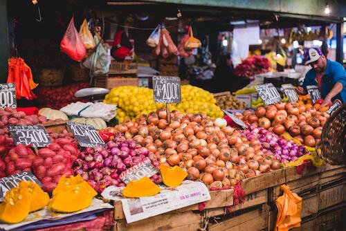 Chile fresh food market