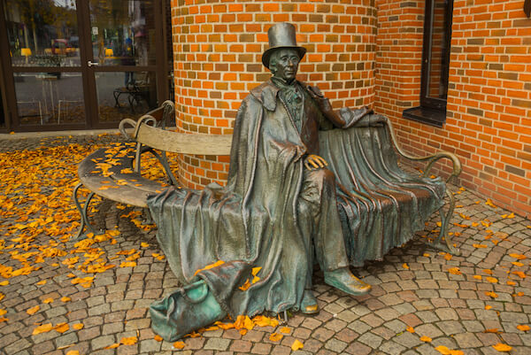 Hans Christian Anderson Statue in Odense - image by Anna ART/shutterstock.com