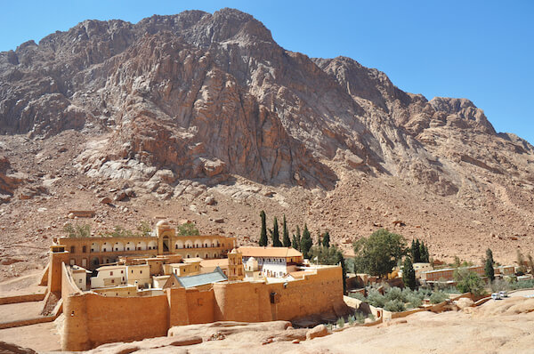 egypt mountcatherine 2.jpg.pagespeed.ce.dMT 13hw9Q