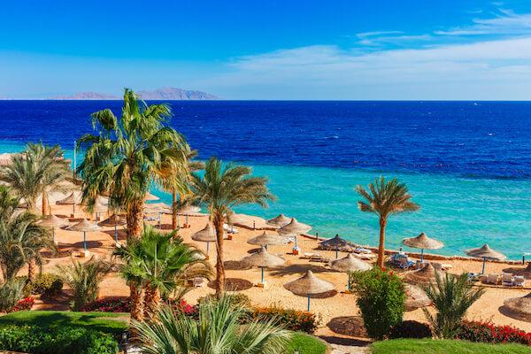 egypt sharmelsheik beach 2.jpg.pagespeed.ce.KQSvfmaNpS