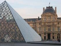 Louvre Paris by Sarita at SXC.hu