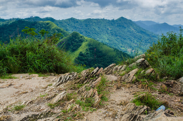 Hiking on Afadjato mountain