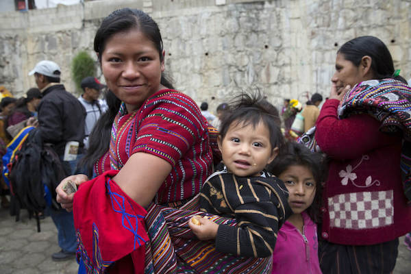 Guatemalan woman with children - image by Standard/shutterstock