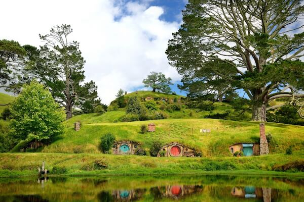 Hobbiton: Hobbit holes - film locations in New Zealand - image by Martin Pelanek/shutterstock