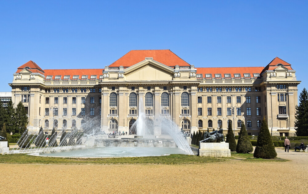 Debrecen University building