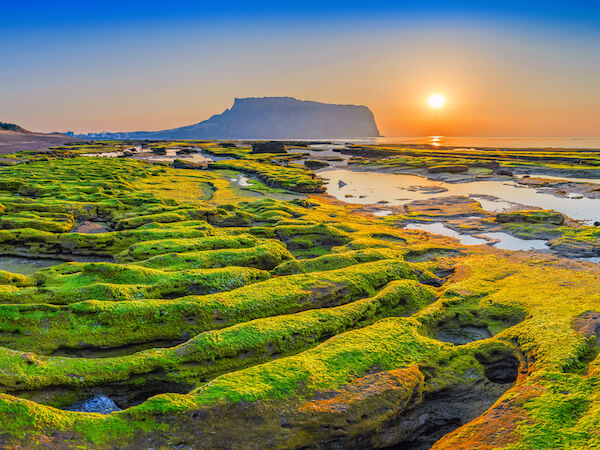 Korea's Jeju Do - image by shutterstock.com