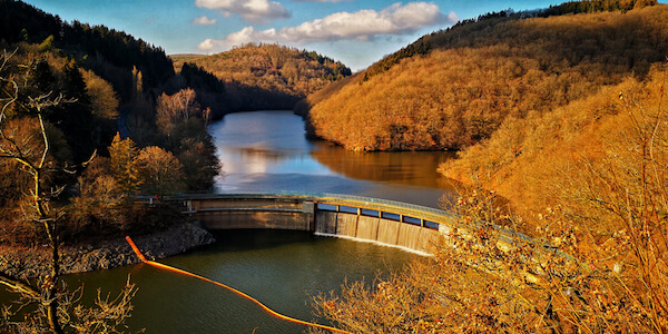 Luxembourg largest lake: Upper Sur Lake