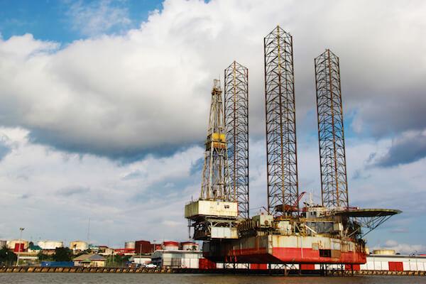 Oil rig in Nigeria - image by Theo Inspiro International/shutterstock.com
