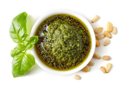 Italian Pesto, Pine nuts and Basil leaf