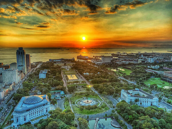 Manila in the Philippines at sunset - image by Aragorn-19/ shutterstock.com