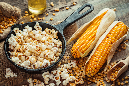 popcorn and cobs of corn