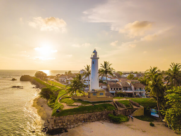 Lighthouse and Fort of Galle in Sri Lanka - image by Timo Gotz/shutterstock.com