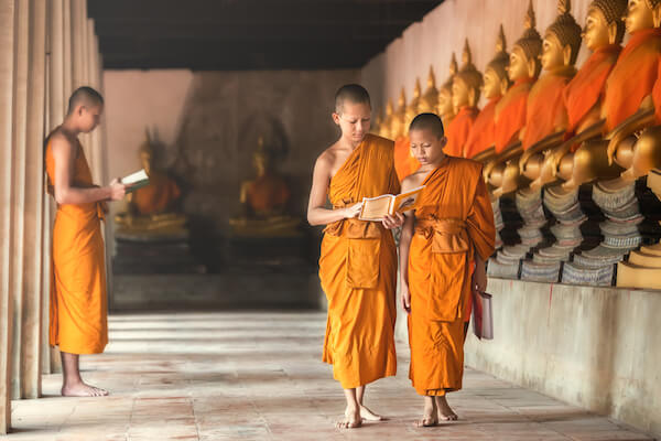 Novices in Ayutthaya - Buddhism is the main religion in Thailand