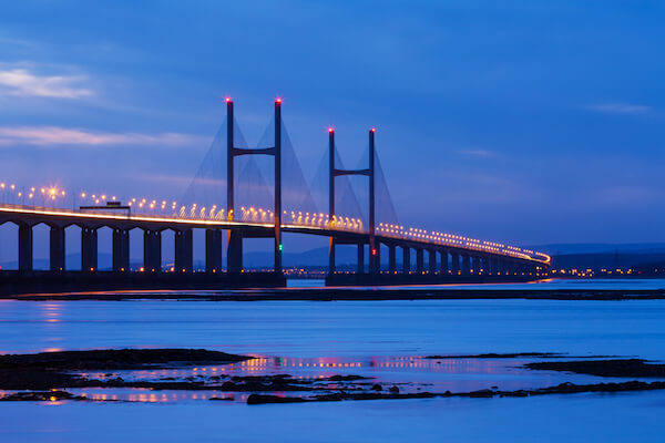 Bridge over the Severn river linking England with Wales