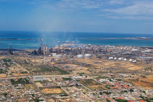Venezuela Puntofijo's oil industry
