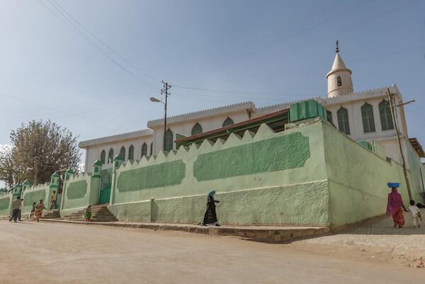 Mosque in Harar - image by Vlad Karavaev/ Shutterstock.com