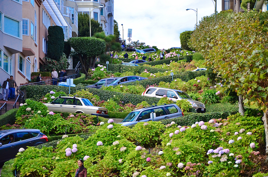 San Francisco' s Lombard Street is the crookedest street in the world
