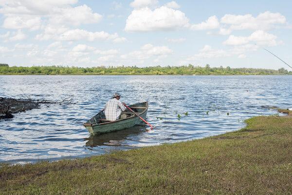 Uruguay's Rio Negro - image by Carolina Jaramillo/shutterstock.com