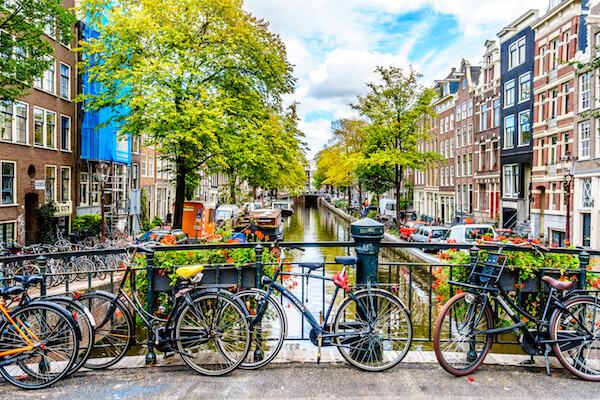 Amsterdam Gracht - image by Harry Beugelink / Shutterstock.com