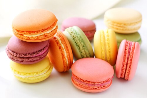 Food in France: Macarons, image by Shutterstock