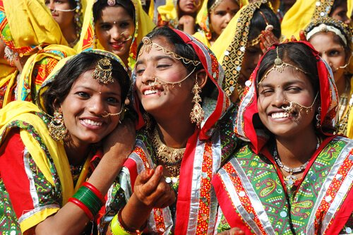 Indian girls in Rajasthan - image by Kaetan/shutterstock.com