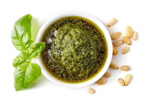 Italian Pesto, Pine nuts and Basil leaf