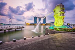 Singapore Merlion by Sean Pavone/shutterstock.com