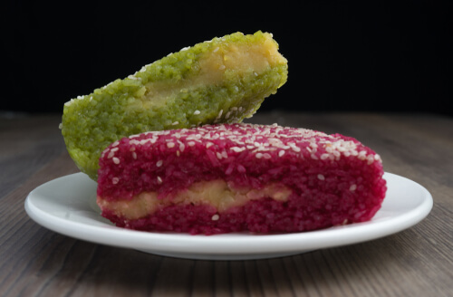 Vietname Xoi Vi Sticky rice cakes - image by Moon Lee/shutterstock.com